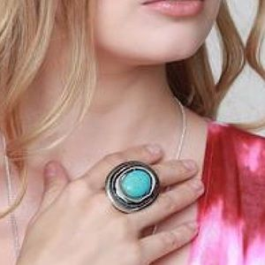 🆕 NWT Bohemian Turquoise Oval stretch cap rings